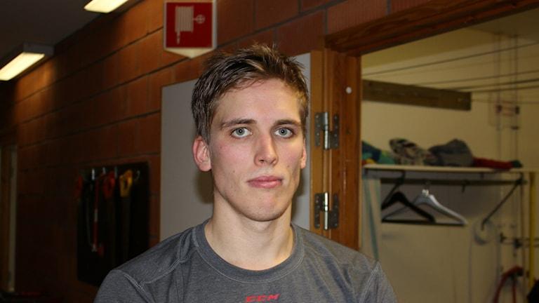 Jesper Hultman Skövde IK efter förlusten mot Forshaga. Foto Tommy Järlström P4 Sveriges Radio.