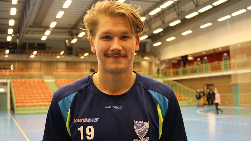 Matchvinnaren Markus Stegefelt IFK Skövde. Foto Tommy Järlström P4 Sveriges Radio.
