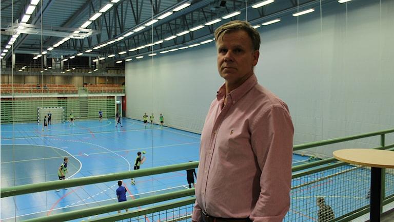 Ingemar Karlsson som är ekonomiansvarig för IFK Skövde. Foto: Andreas Johnsson/Sveriges Radio.
