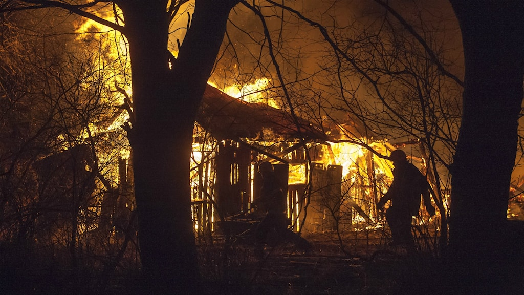 Det är oklart varför ladugården i Stora Levene började brinna.