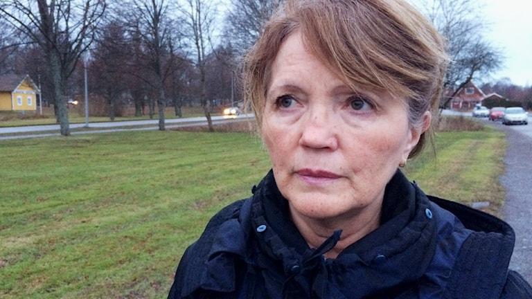 Advokat Inger Rönnbäck utanför häktet i Mariestad.