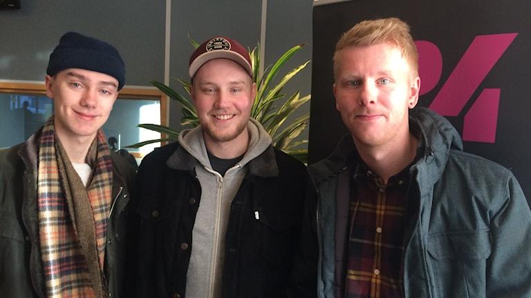 Helmer Hagberg, Oskar Östman och Simon Peterson är tre av fem medlemmar i Hometown Marie.