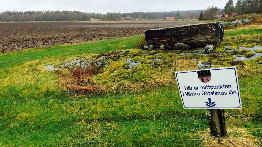 Västra Götalands läns mittpunkt.