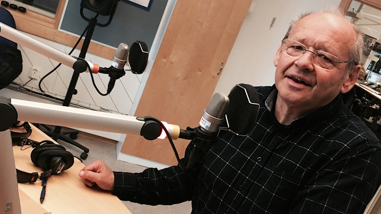 Håkan Andersson i studiomiljö