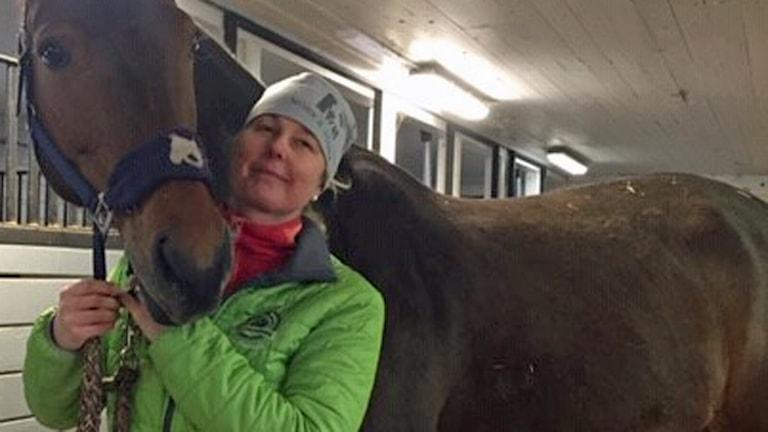 Magdalena Rubensson Zäll med en häst