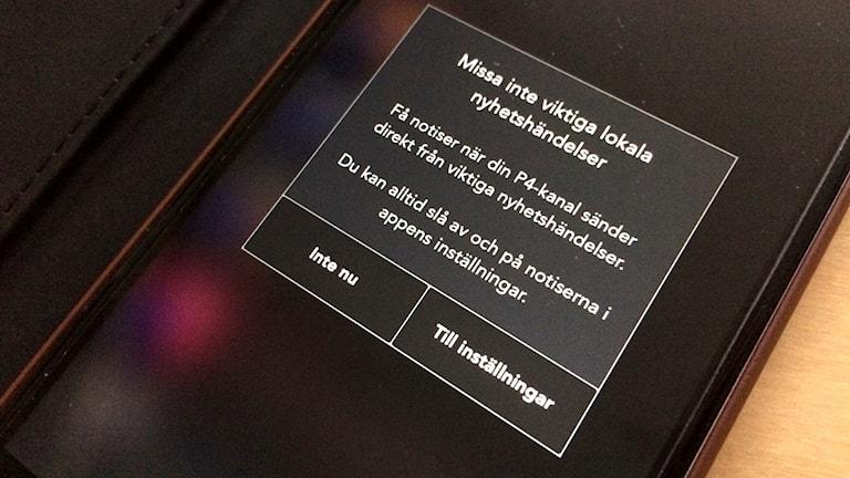 Sveriges Radio Play-appen frågar om man vill ha pushnotiser aktiverade.