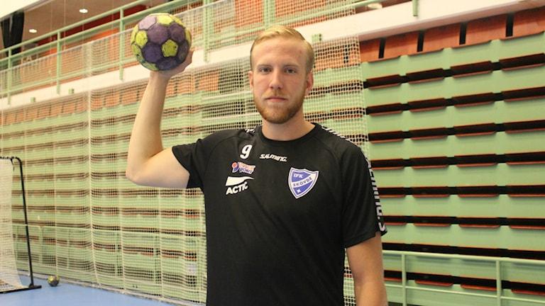 Henrik Dahlberg ny spelare i IFK Skövde. Foto Tommy Järlström P4 Sveriges Radio.