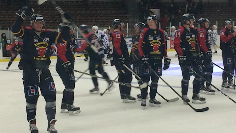 Det blev seger för Mariestad BoIS mot Lindlöven.