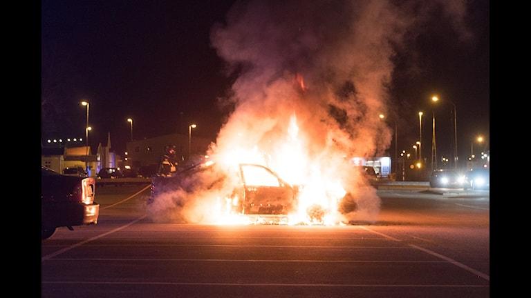 Bilbrand i Lidköping
