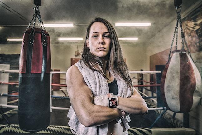 Kvinnlig boxare porträtt