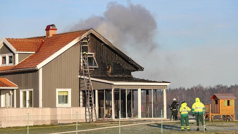 En villa i Bitterna brann under söndagen