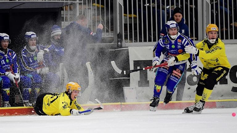 Villa Lidköping fick Vetlanda på fall tidigt i matchen.