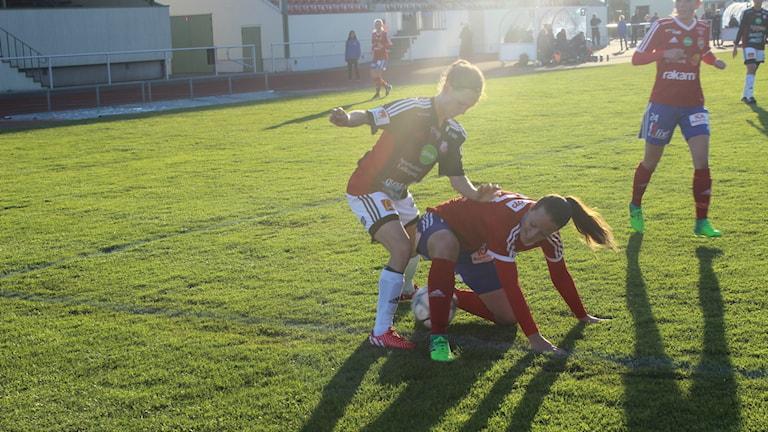 Maria Johansson och Lidköpings FK har 2-1 att gå på från bortamötet mot BP.