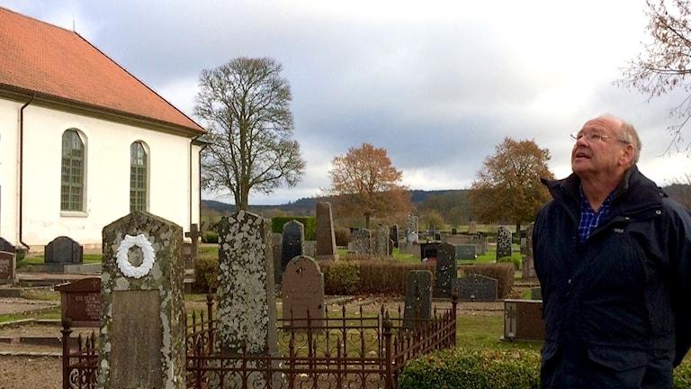 Håkan Andersson på kyrkogården Broddetorps kyrka