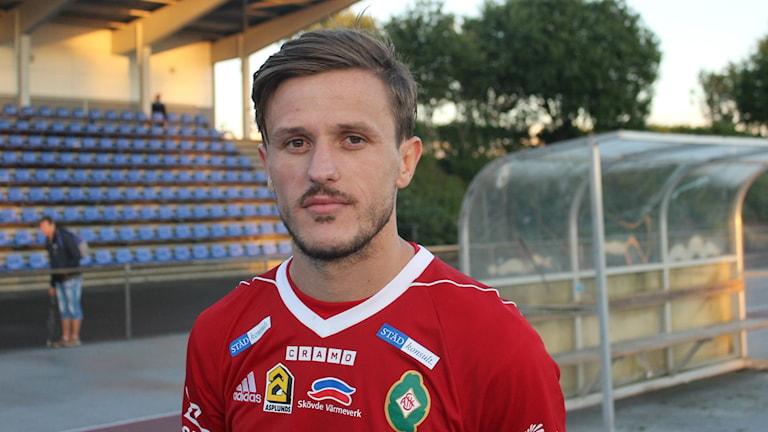 Ibrahim Alushaj kvitterade för sitt Saik. Foto /Arkiv Tommy Järlström P4 Sveriges Radio.