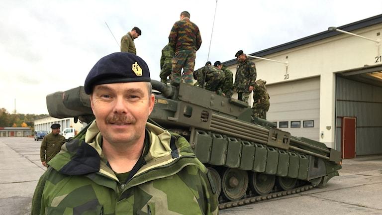 Löjtnant Mikael Blom på Markstridsskolan i Skövde.