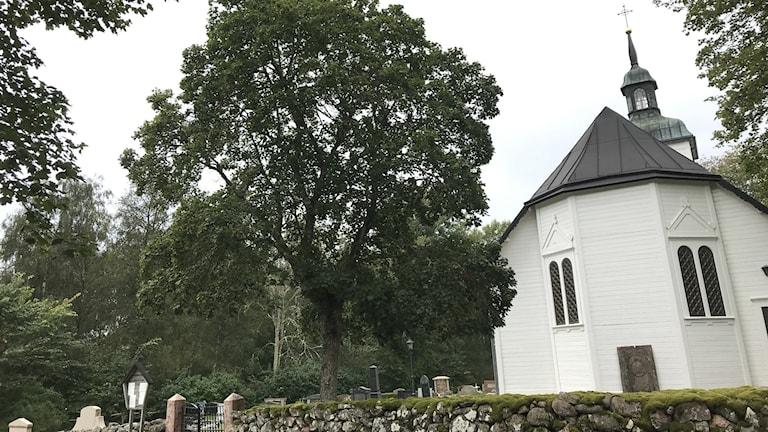Hällestad kyrka.