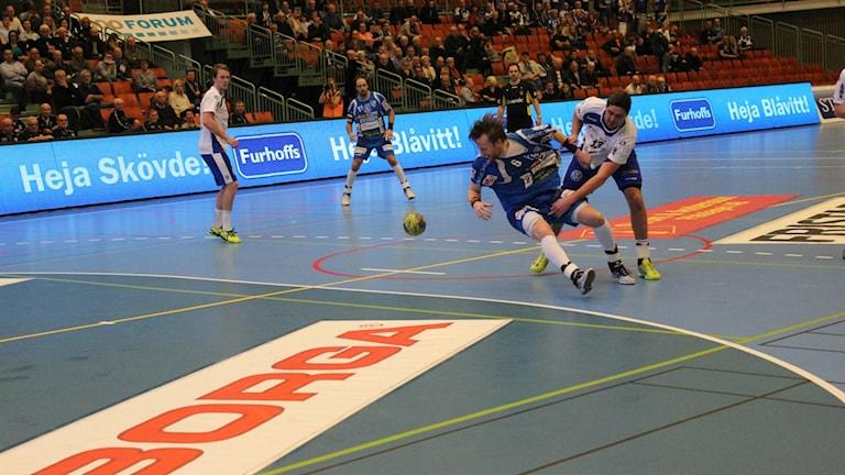 Alingsås fick IFK Skövde på fall. Foto Tommy Järlström P4 Sverigs Radio.