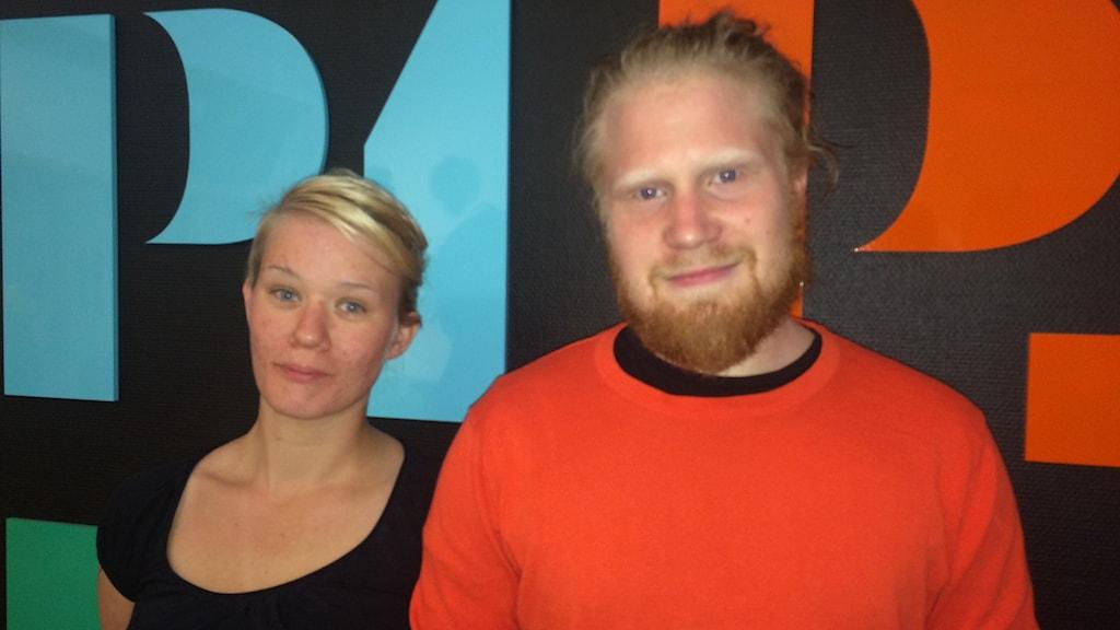 Mija Sölving och Hugo Andersson är på jakt efter skaraborgare som vill vara med i deras film.