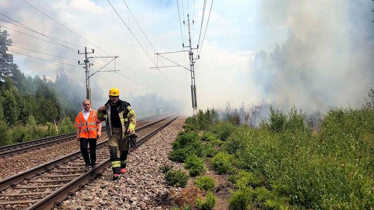 Rök över tågspår