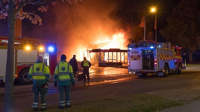 Pizzerian på Wennerbergsvägen i Lidköping brinner