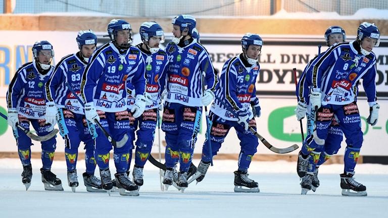 I kväll har Villa Lidköping chans att vinna Elitserien i bandy.