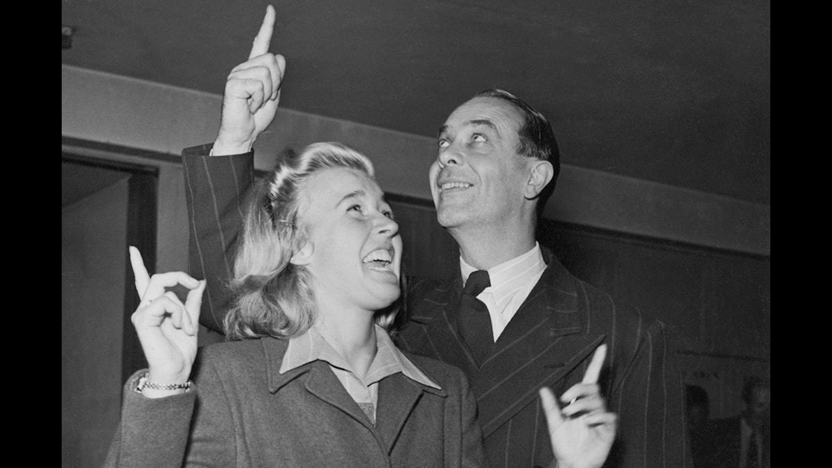 Alice Babs och Karl Gerhard. Foto: SVT-bild