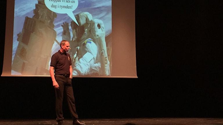 Christer Fuglesang föreläser i Luleå.