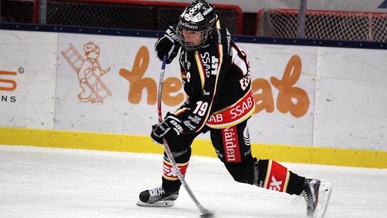 Emma Eliasson i Luleå hockey/MSSK trivdes med att spela i Lombia ishall i Kiruna.