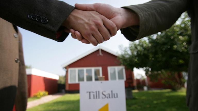 Villaförsäljning, husköp, mäklare