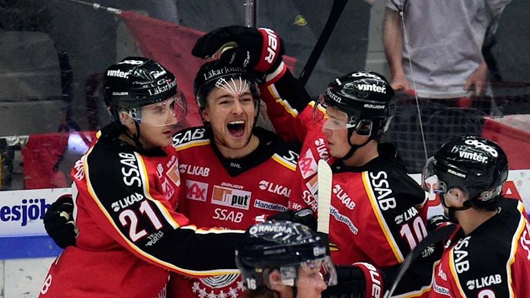 Måljubel från Johan Forsberg och Luleå Hockey.