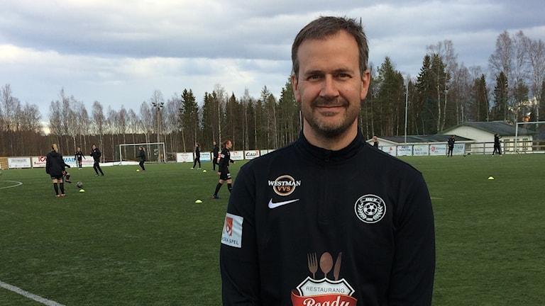ASSI;s tränare Fredrik Söderholm.