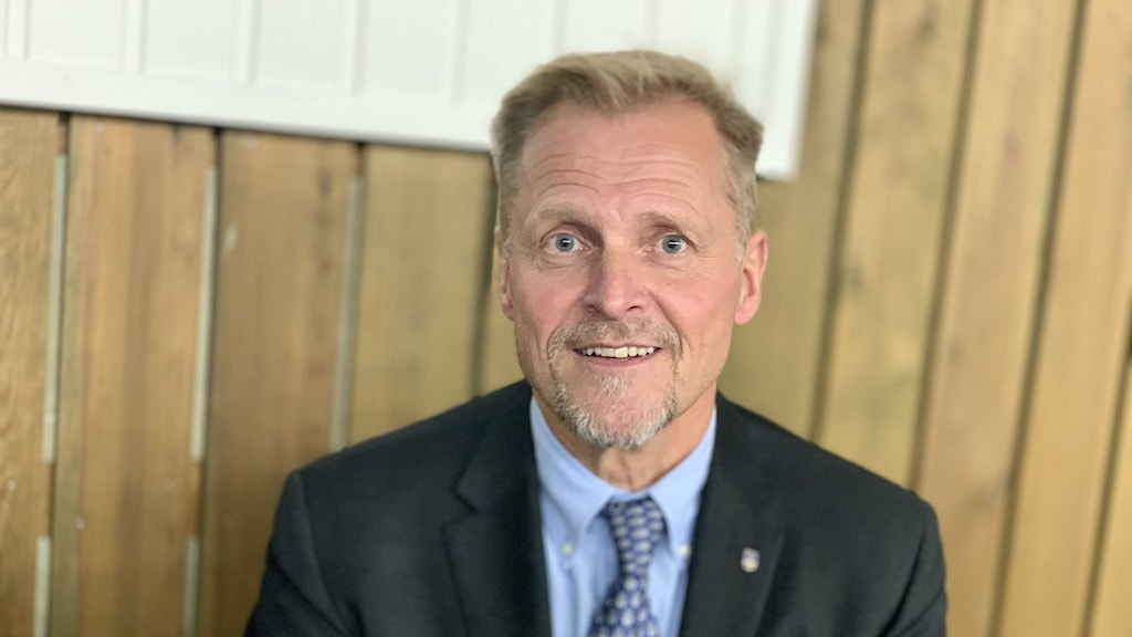 bengt sandström, före detta chef k4, generalsekreterare försvarsutbildarna