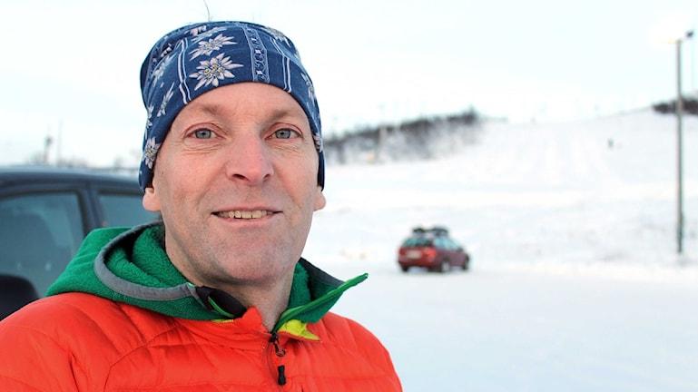 Anders Bergwall från Abisko är bergsguide och alpin fjällräddare. Foto: Alexander Linder/ Sveriges Radio.
