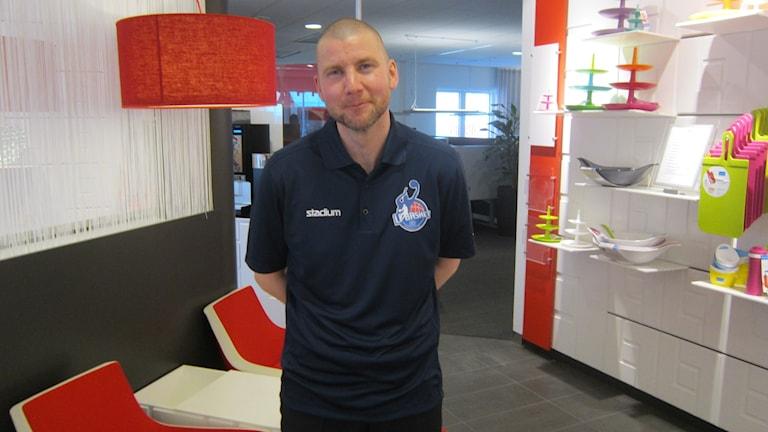 Peter Öqvist coach BC Luleå. Foto: Hjalmar Lindberg/Sveriges Radio