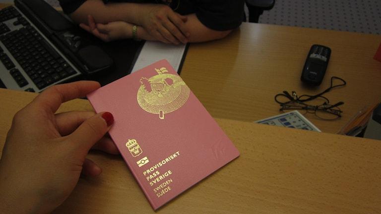 Provisoriskt pass