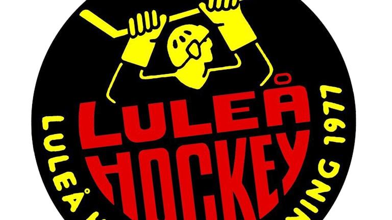 """Luleå Hockeys klubbmärke med """"stålmannen""""."""
