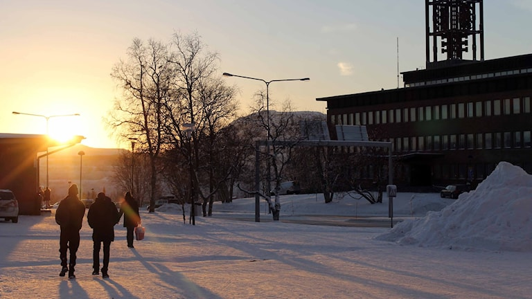Solen skiner mest i Kiruna så här långt in i november. Foto: Alexander Linder/ Sveriges Radio.