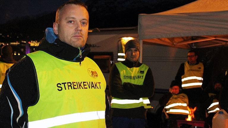 30 lokförare vid LKAB Malmtrafik i Narvik strejkar. Ronald Remman är en av dem. Foto: Alexander Linder/ Sveriges Radio.