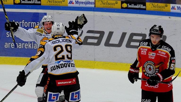 Skellefteå jublar efter mål mot Luleå Hockey. Foto: Alf Lindbergh/Pressbilder.