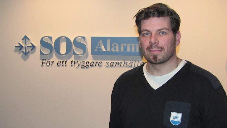 Daniel Lundin, chef vis SOS central i Luleå. Foto: Hjalmar Lindberg/Sveriges Radio