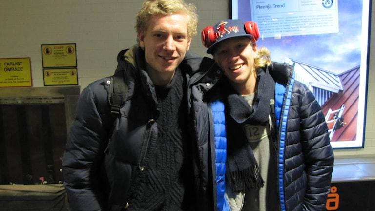 Bröderna Hampus och Marcus Sylvegård ska fira jul i Norrbotten. Foto: Hjalmar Lindberg/Sveriges Radio