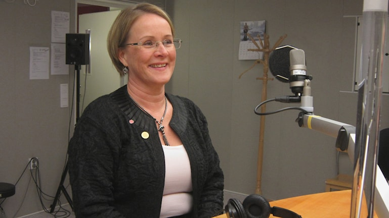 Maria Stenberg (S) nyvald till landstingsstyrelsens ordförande. Foto: Hjalmar Lindberg/Sveriges Radio.