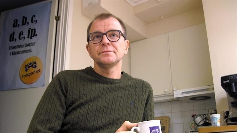 Jens Sundström (FP) gruppledare landstinget. Foto Stig-Arne Nordström/Sveriges Radio.