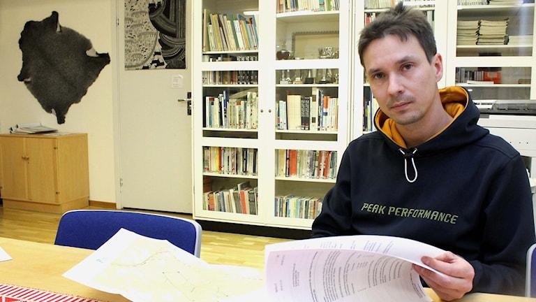 Laevas sameby vill stoppa gruvplanerna i Viscaria i Kiruna. Niila Inga är samebyns ordförande. Foto: Alexander Linder/ Sveriges Radio.