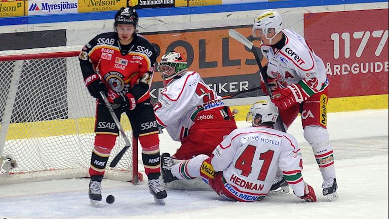 Luleå nära flera gånger att kvittera mot Modo. Foto: Alf Lindbergh/Pressbilder
