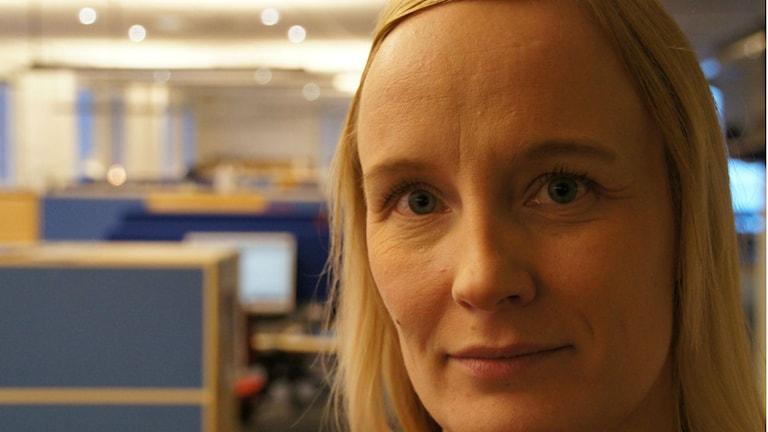 Malin Bjärefall, polis. Foto: Pekka Kenttälä, Sveriges Radio.