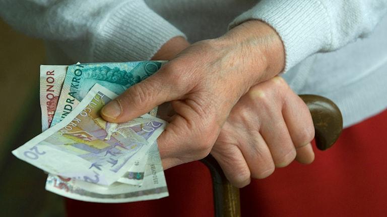 Äldre och pengar. Foto: Leif R Jansson/TT