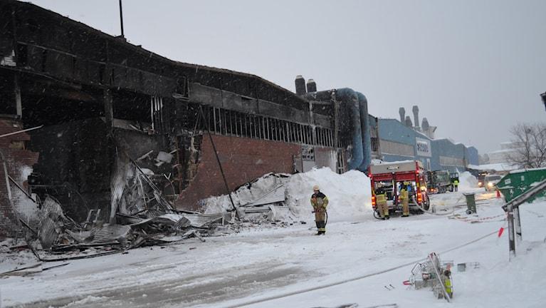 Utbränd industrilokal efter brand på Ferruform i Luleå. Foto: Hjalmar LIndberg/Sveriges Radio