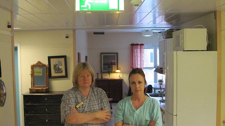 Sjuksköterskorna Monica Berglund och Therese Lindh, Klockarängen. Foto: Samed Salman/Sveriges Radio
